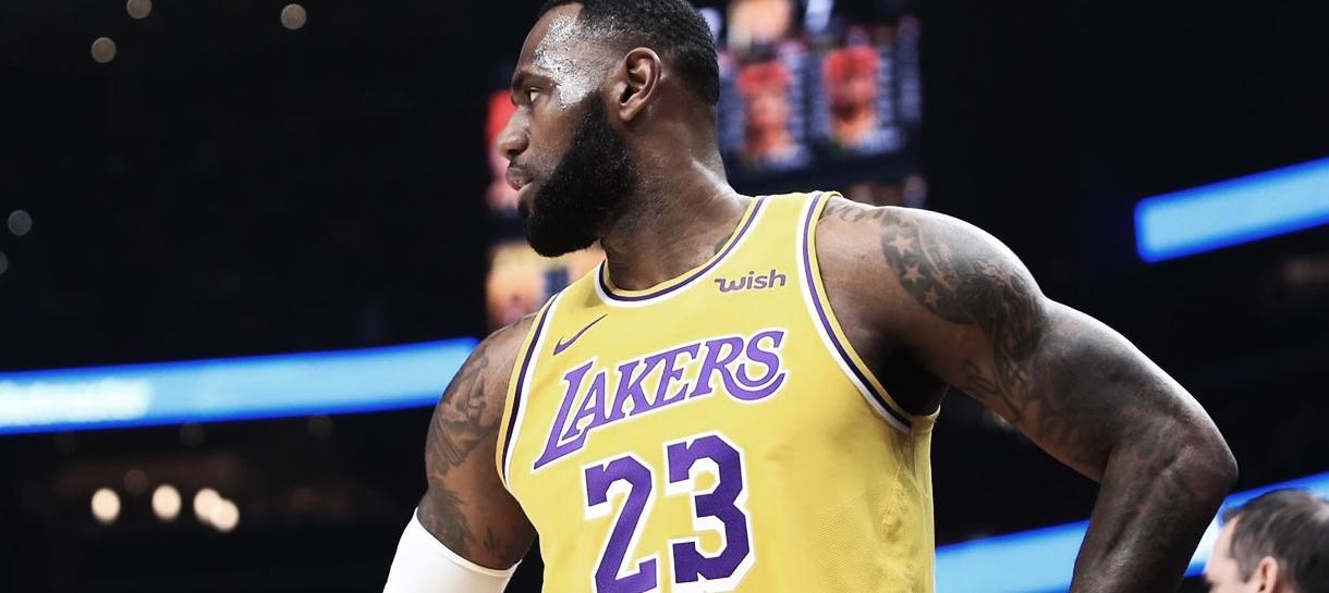NBA: LeBron James gera debate após post prometendo vingança
